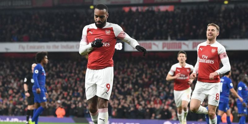 Arsenal win in style at The Emirates