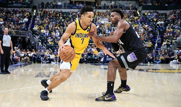 Malcolm Brogdon (l) will have a major role to play against his former side