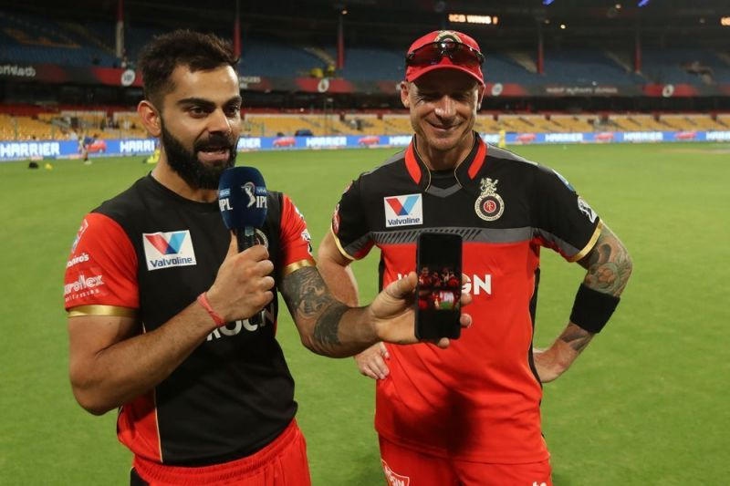 Dale Steyn and Virat Kohli in a joint interview last season (iplt20.com/bcci)