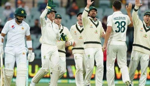विकेट लेने के बाद ऑस्ट्रेलिया टीम