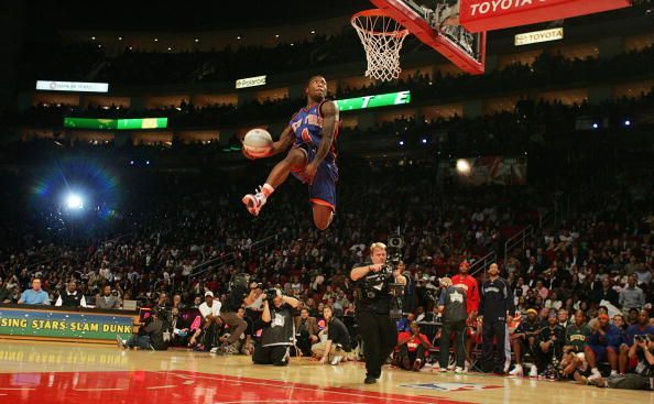 Nate Robinson during the 2006 Dunk Contest