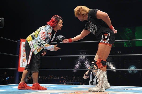 Hiromu (left) and Naito are champions