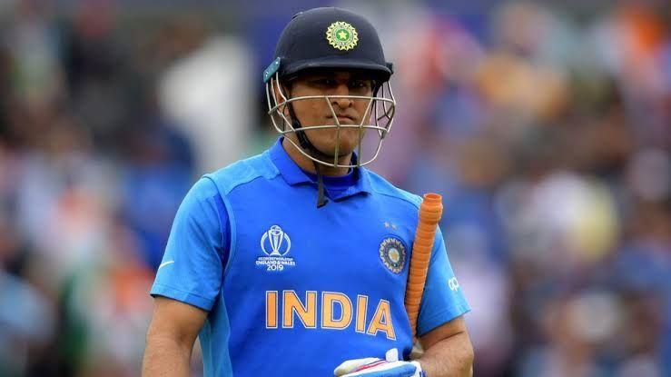 वर्ल्ड कप सेमीफाइनल में रन आउट होने के बाद महेंद्र सिंह धोनी!