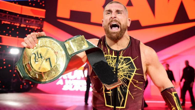 Mojo Rawley after winning the WWE 24/7 title
