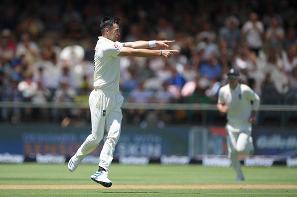 South Africa v England - 2nd Test: Day 2