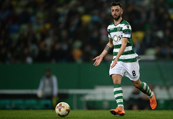 Manchester United and Sporting CP are locked in talks for Bruno Fernandes