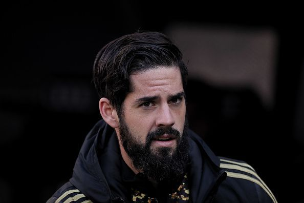 Chelsea have reportedly expressed their interest in landing Isco.