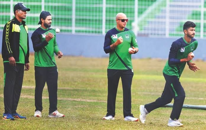 Language barrier - a real problem for Herschelle Gibbs with Sylhet Thunder in the BPL