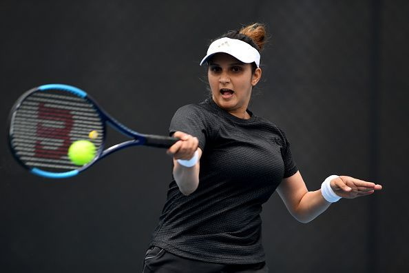 Mirza in action during 2020 Hobart International - Day 4