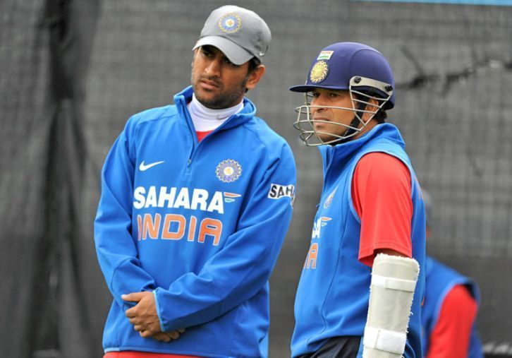 MS Dhoni (left) and Sachin Tendulkar (right)