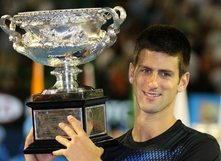 Djokovic lifts his first title at the Australian Open in 2008