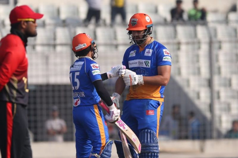 Khulna Tigers scored 179 runs in the first innings.