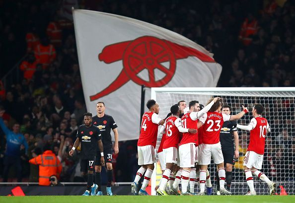 Arsenal have beaten Manchester United 2-0