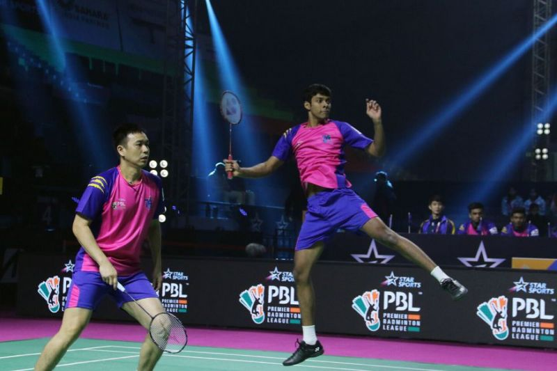 Hendra Setiawan and Chirag Shetty in action