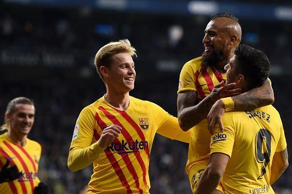 Barcelona celebrate Arturo Vidal
