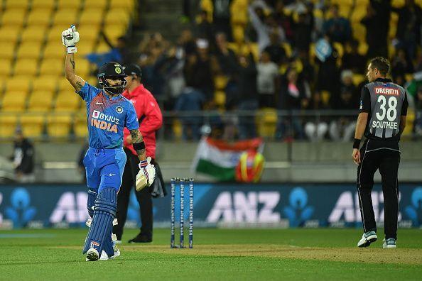 सुपर ओवर में कप्तान कोहली ने चौका लगाकर टीम को दिलाई जीत