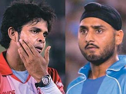 Sreesanth and Harbhajan (Picture courtesy - Quora)