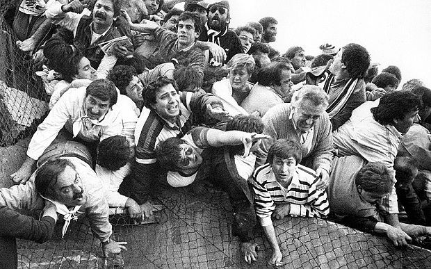 The collapsing wall of Heysel