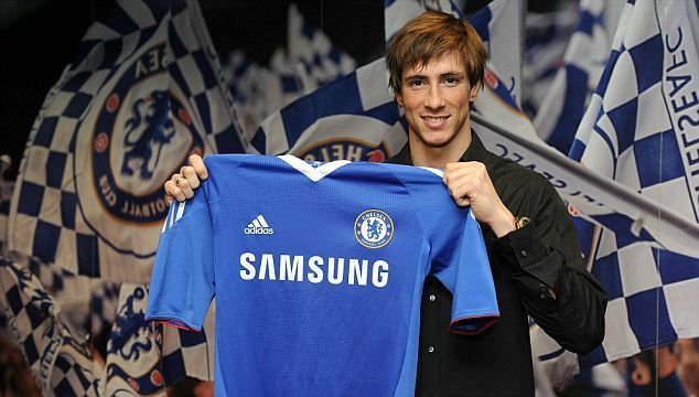 Fernando Torres stunned Liverpool fans and signs for Chelsea