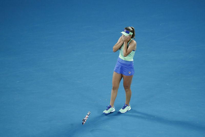 Sofia Kenin celebrates her win