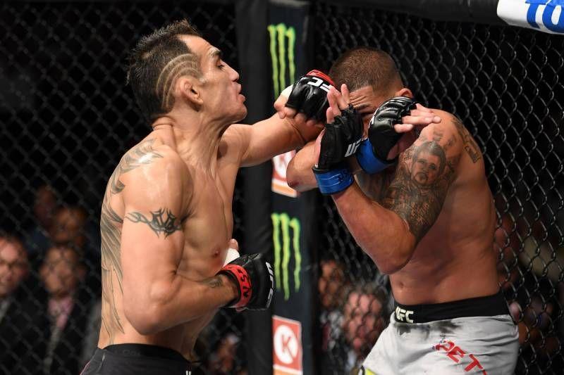 Tony Ferguson vs Anthony Pettis at UFC 229