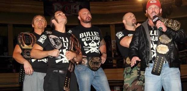 AJ Styles along with the rest of the Bullet Club, featuring Karl Anderson, Luke Gallows, and The Young Bucks (Image Courtesy: PWMania)