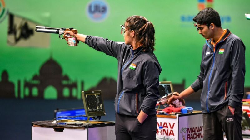 Manu Bhaker (L) and Saurabh Chaudhary (R) have been flawless in 10-meter air pistol mixed event at the 2019 ISSF World Cup series (Courtesy: ESPN)