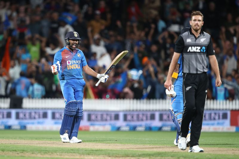 Rohit Sharma retired hurt in the 5th T20I match