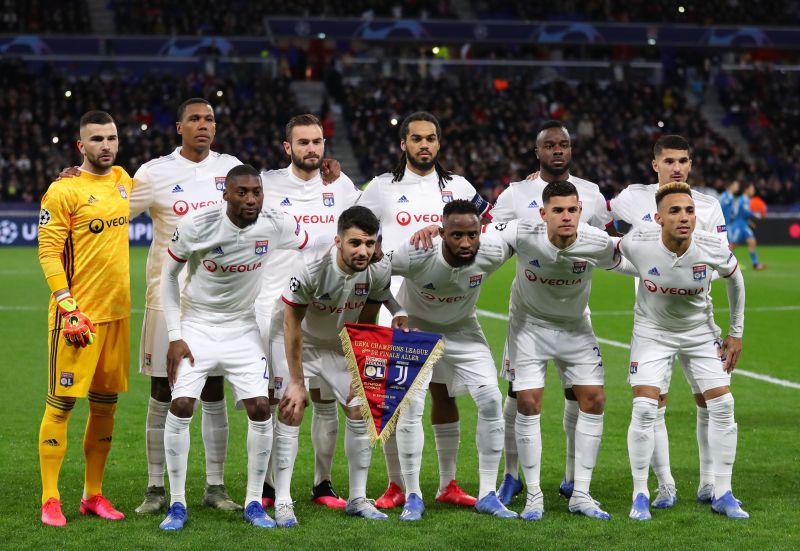 Rudi Garcia deployed a 3-4-2-1 formation against Lyon