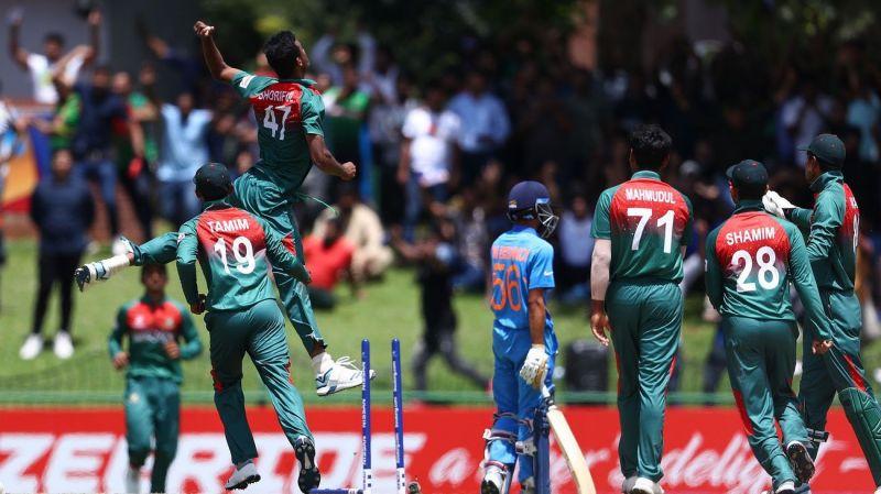Bangladeshi players celebrating the wicket of Ravi Bishnoi (Image courtesy: ICC)
