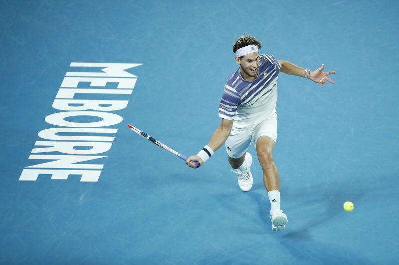 Thiem inches closer to Federer