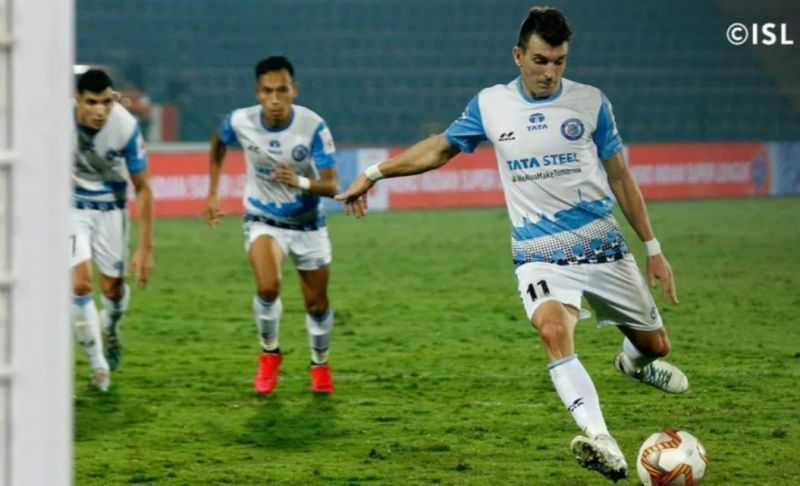Noe Acosta will lead the Jamshedpur attack along with Sergio Castel