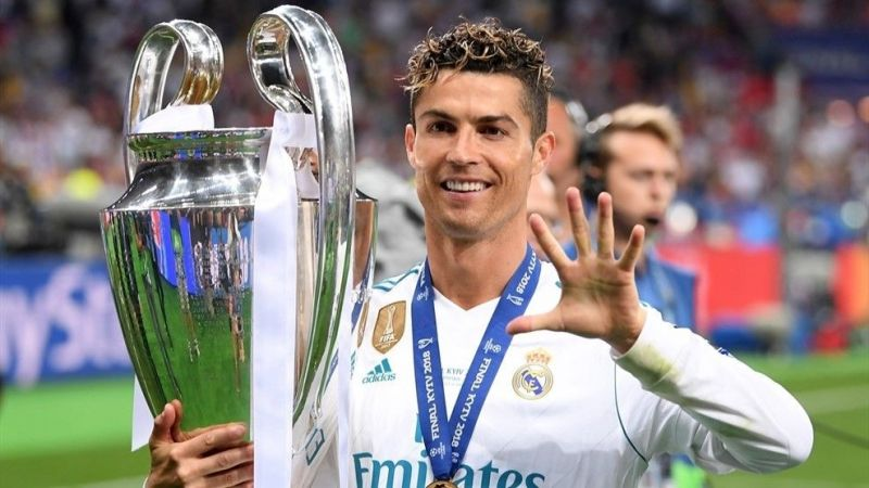 Ronaldo is the only player to win 5 Champions League titles