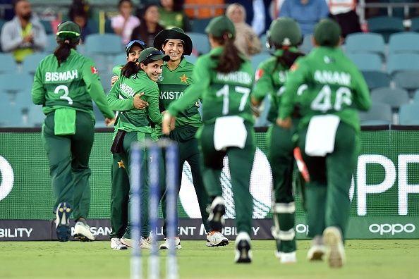 पाकिस्तान की जीत के साथ शुरुआत