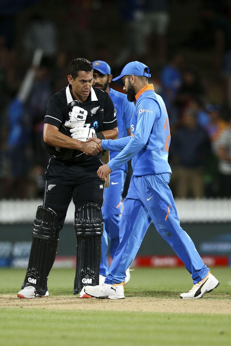 Virat Kohli congratulating Ross Taylor