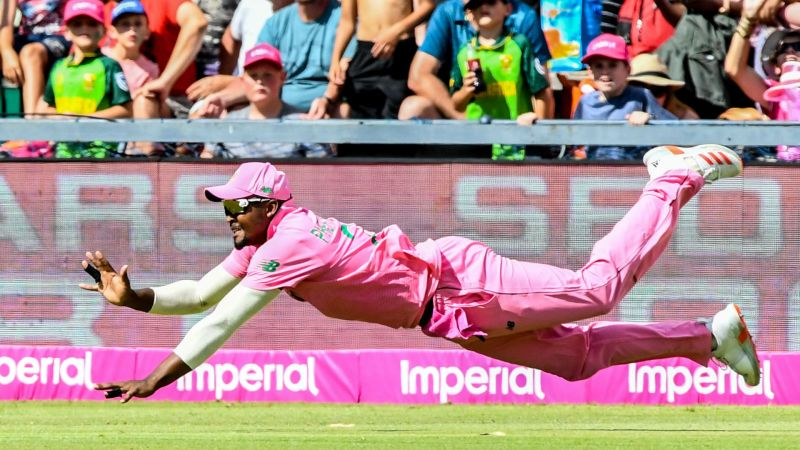 Andile Phehlukwayo falls just short of taking a catch for South Africa