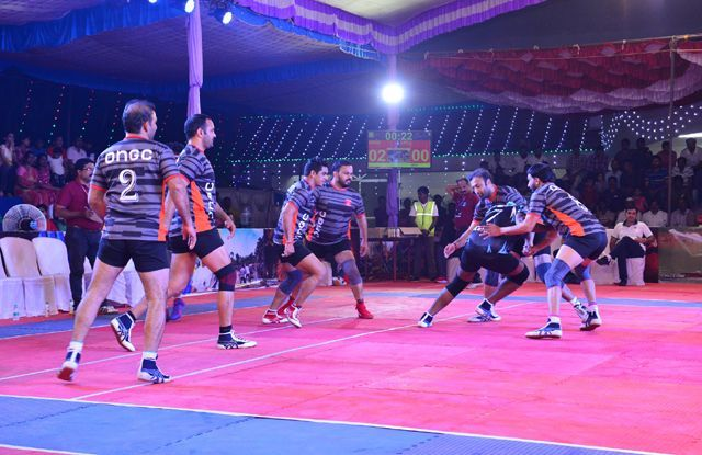 Former Pro Kabaddi players like Manpreet Singh, Navneet Gautam, and Jasvir Singh represented ONGC in the competition.