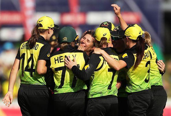 ऑस्ट्रेलिया ने सेमीफाइनल में प्रवेश किया