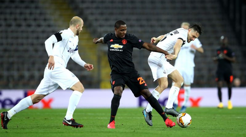 Trauner(L) was given the run-around by Ighalo and Co