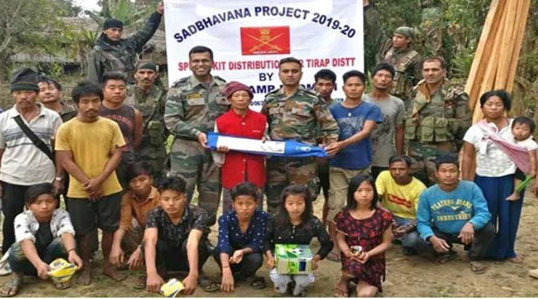 The army distributing the sports goods (Image credits - Arunachal24)