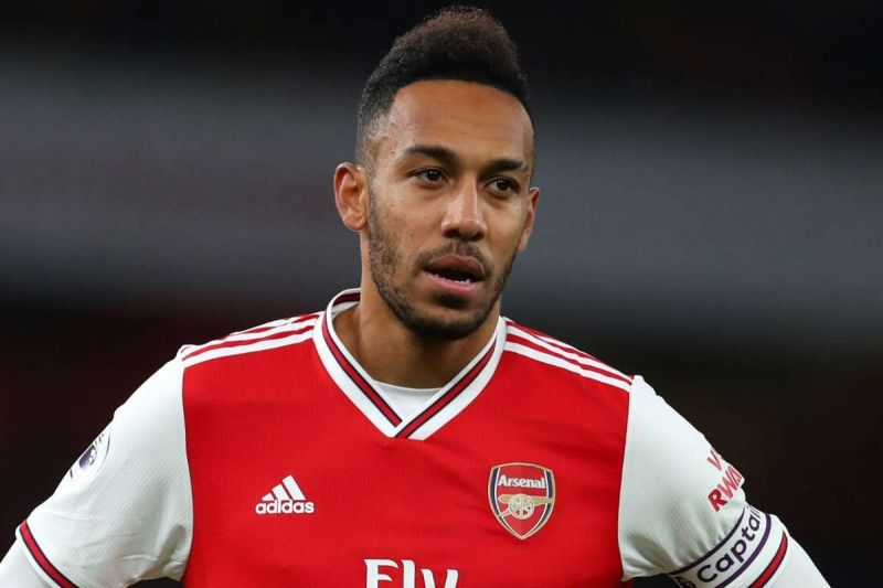 Pierre-Emerick Aubameyang is inching closer to an Arsenal exit following failed contractual talks