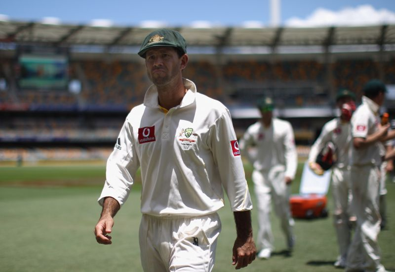 First Test - Australia v England: Day Five Ponting is seen talking to Tendulkar and Harbhajan