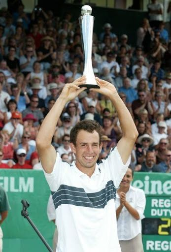 Dominik Hrbaty lifts the 2004 Auckland title at the expense of Nadal.