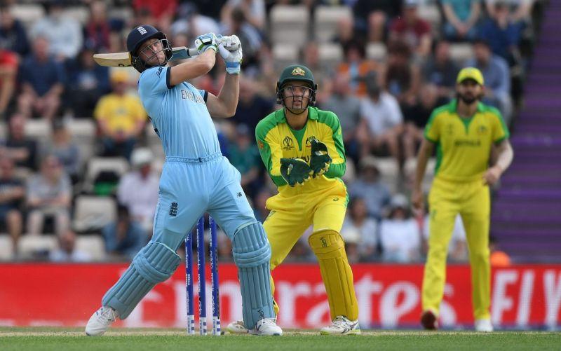 A One Day International Cricket match between England (blue) and Australia