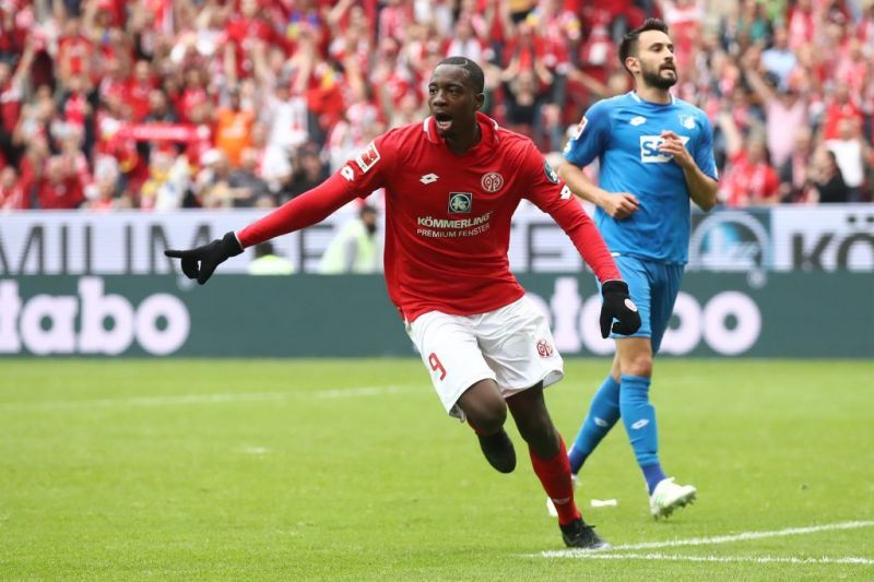 Jean-Philippe Mateta in action for Mainz 05