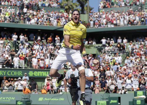 John Isner lifted his 1st Masters 1000 title in Miami in 2018.
