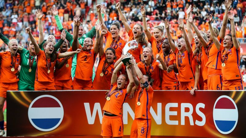 Holland win Euro 2017 - cropped