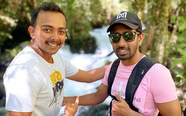 Prithvi Shaw and Wriddhiman Saha (R) [PC: Saha Instagram page]