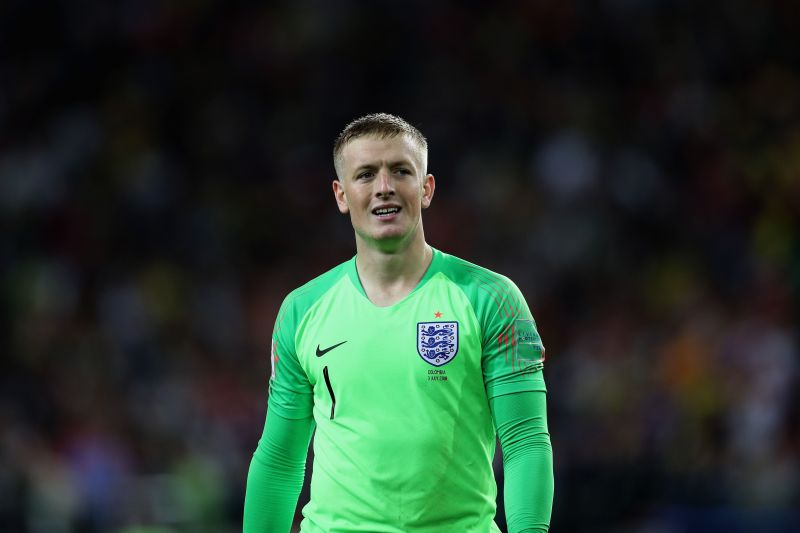 Should England stick with Jordan Pickford, or replace him with Dean Henderson?