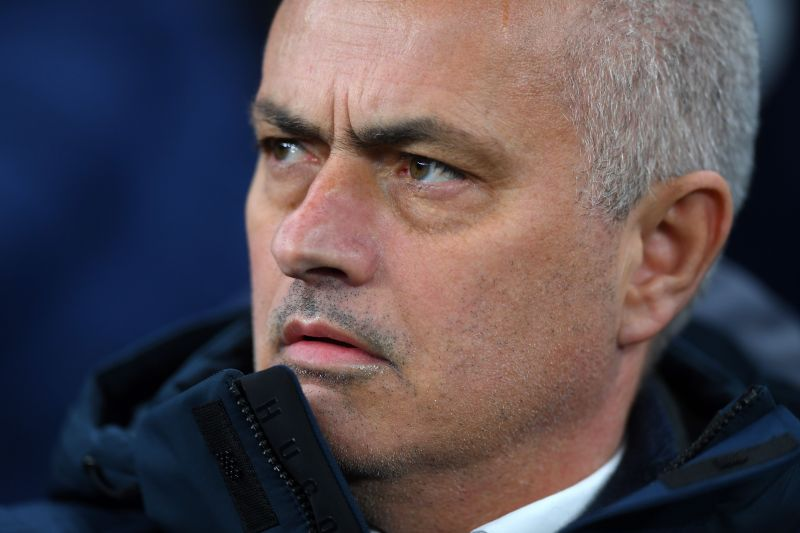 Jose MouThe man under fire.